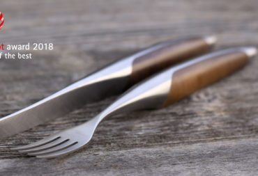Ausgezeichnet: Das sknife Steakbesteck wird mit dem reddot Award ausgezeichnet